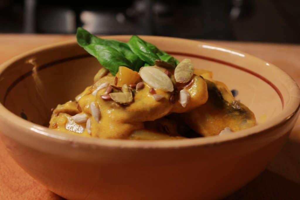 funghi e patate con latte di cocco e curry
